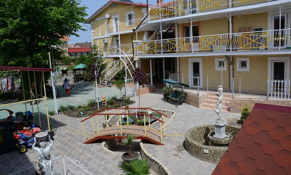 Черноморск, гостевой дом Эллада (STOP SALE)
