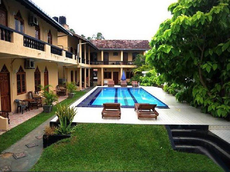 Шри-Ланка, Drifters Hotel 3*, Хиккадува
