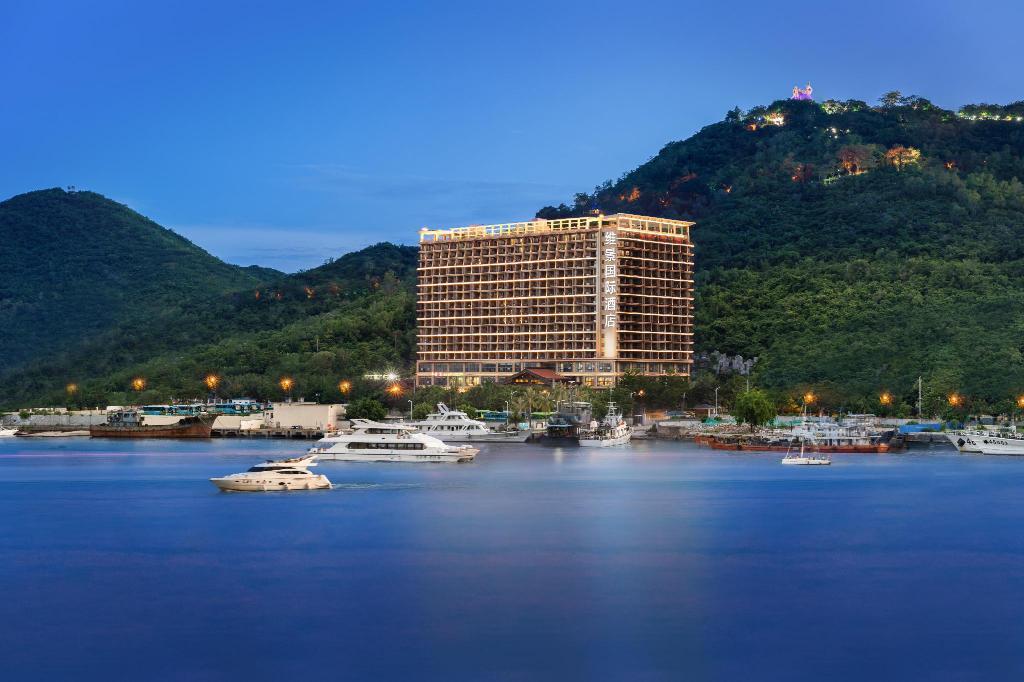 Китай, GRAND METROPARK BAY HOTEL 4 *, Сяодунхай