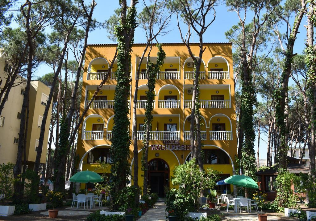 Албания, Mali I Robit Hotel-Camping 3*, Дуррес