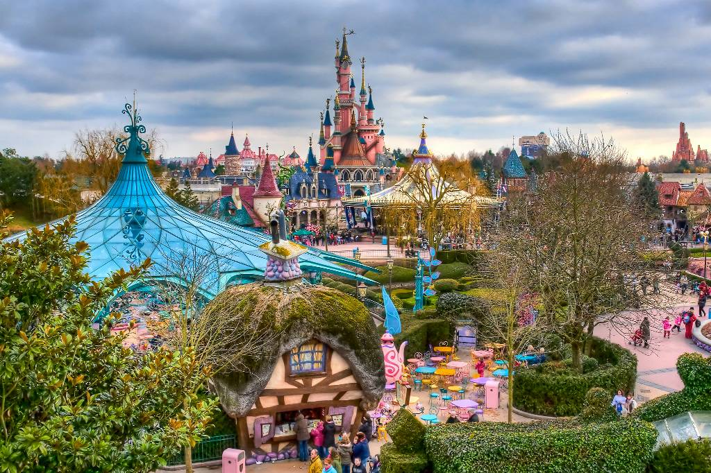 Тур по сказочным местам Европы