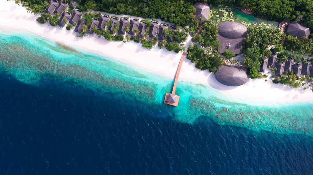 Мальдивы, DREAMLAND - THE UNIQUE SEA & LAKE RESORT 4 *, Атолл Баа